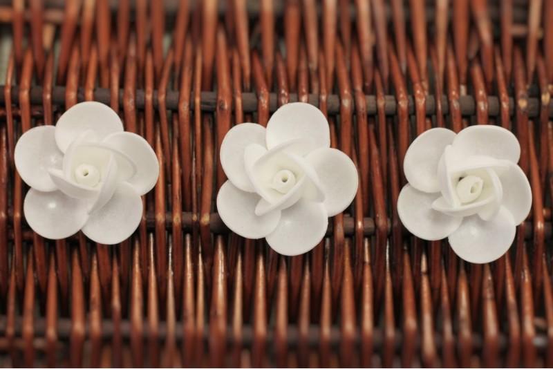 Dekors vafeļu Rozes baltas komplekts